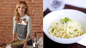 giada de laurentiis thanksgiving giada de laurentiis career changing dishes first we feast