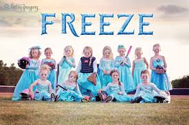 frozen family halloween costumes 10 last minute oklahoma halloween costume ideas the lost ogle