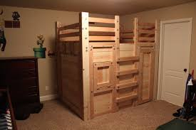 Free Diy Bunk Bed Plans by Loft Beds Diy Twin Over Queen Bunk Bed Plans 73 Low Loft Bed