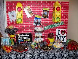 New York Themed Centerpieces by 81 Best Sweet 16 Nyc Theme Images On Pinterest New York Party