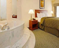 Comfort Inn And Suites Memphis Memphis Hotels With A Jacuzzi Room