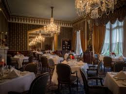Earl Of Thomond Restaurant At Dromoland Castle Hotel - Castle dining room