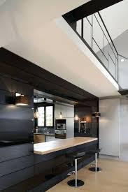 escalier entre cuisine et salon escalier entre cuisine et salon cuisines semi ouvertes sur le