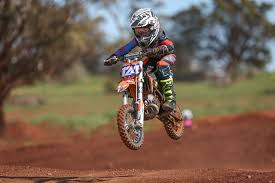 z racing motocross track ride park dirt bike playground pawrwan vic motocross flat