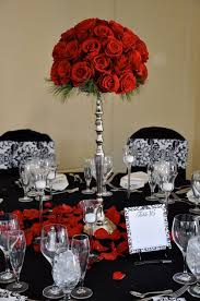 Ready Made Wedding Centerpieces by Best 25 Rose Centerpieces Ideas On Pinterest Red Rose