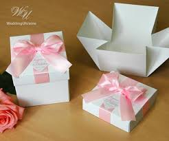personalized wedding favor boxes wedding favor boxes with light pink satin ribbon bow and tag