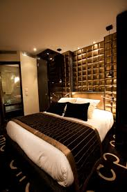 Black And Gold Room Decor 15 Luxurious Black And Gold Bedrooms