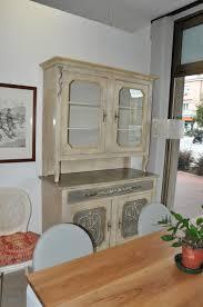 credenza ristorante vetrinetta costruita in legno laccato su misura fadini mobili