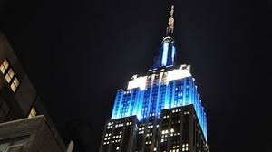 empire state building lights tonight new york s empire state building turns blue and white for hanukkah