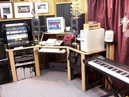 Free Diy Studio Furniture Plans by Best 25 Home Studio Equipment Ideas On Pinterest Music