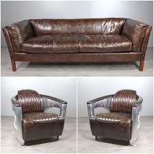 canapé cuir vieilli marron canapé cuir marron vieilli avec 2 fauteuils aviateur cuir marron