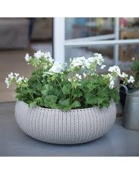 surprise 30 off keter cozie large planter