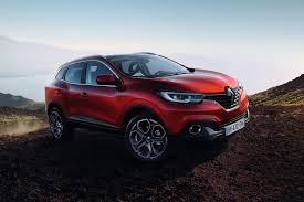 renault kadjar vs nissan qashqai all new renault kadjar suv officially revealed 40 pics u0026 video