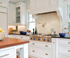 Pretty Cabinet Knobs Pretty Lucite Cabinet Knobs With Moulding Kitchen Hardware