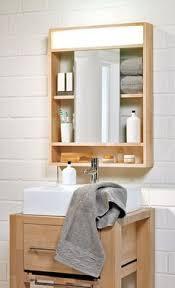 badezimmer spiegelschrank mit licht die besten 25 spiegelschrank holz ideen auf