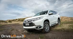 mitsubishi pajero sport 2017 white 2017 mitsubishi pajero sport xls car review all roads not