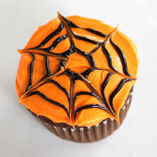 Halloween Decorating Cupcakes Spiderweb Cupcakes The Who Ate Everything