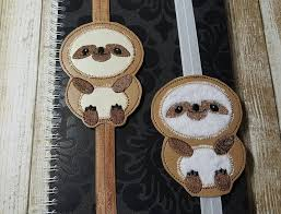 australian shepherd embroidery designs sloth u2013 book band u2013 slider u2013 in the hoop u2013 digital embroidery