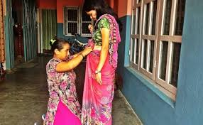 Drape A Sari Learn How To Drape A Saree U0026 Blend Right In In Pokhara