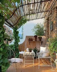 pergola balkon göz alıcı balkon dekorasyonu örnekleri http www stilstil