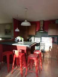 cuisine noir et rouge indogate com cuisine bois noir ikea