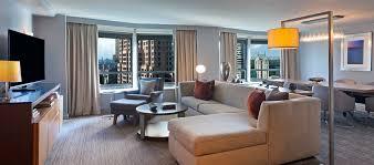 New York Hilton Midtown Manhattan Hotel - New york living room design