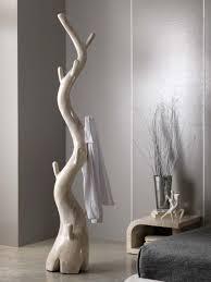 porte manteau chambre le porte manteau design arbre un classique dans l ameublement