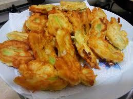 fiori di zucca fritti in pastella evviva il finger food i buonissimi fiori di zucca in pastella