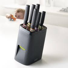 bon couteau de cuisine bloc couteaux de cuisine acier sécurité lockblock joseph joseph