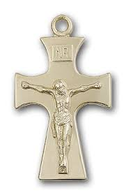 celtic crucifix celtic crosses and cross jewelry gold and silver