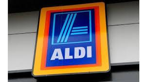 siege social aldi trapped rescued after aldi store cardboard crush