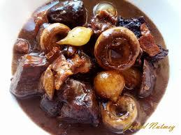 cuisiner un boeuf bourguignon boeuf bourguignon grated nutmeg