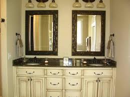 Hgtv Bathroom Decorating Ideas Bathroom Design Brown Bathroom Decor Bathroom Decor Pictures