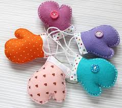 handmade felt decorations 25 simple and eco friendly craft ideas