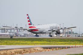 file american airlines boeing 777 200 n775an photo 263