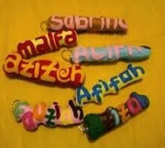 cara membuat gantungan kunci dari kain flanel bentuk kue membuat gantungan kunci nama atau huruf dari kain flanel zona