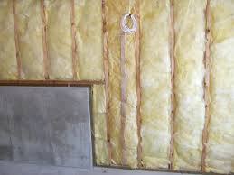 Mold Growing In Bathroom Mold Growth Under Fiberglass Insulation How To Prevent