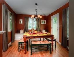 Casual Dining Room Chandeliers 12 Red And Green Dining Rooms For The Holidays And Beyond