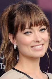hairstyles for small forehead and oval face to cut your bangs according to your face shape