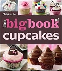 Free Wilton Cake Decorating Books Amazon Com Wilton 2104 6667 12 Piece Cupcake Decorating Set