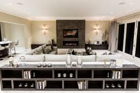 étagère derrière canapé kingswood surrey contemporary family room south east luke