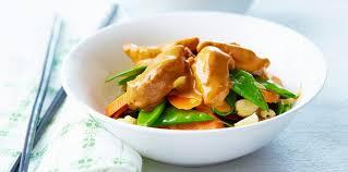 cuisine asiatique facile poulet aux amandes et légumes asiatiques facile et pas cher