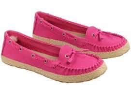 ugg s chivon shoes landau s great selection of ugg sandals for landau store