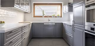 what is the best way to reface kitchen cabinets kitchen cabinets when to reface vs replace