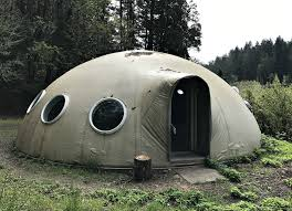 Dome Home by This Oregon Dome Home Could Be Yours U2013 If Aliens Don U0027t Come For It