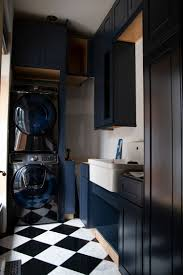 how to clean soiled kitchen cabinets the laundry room the cabinets the makerista