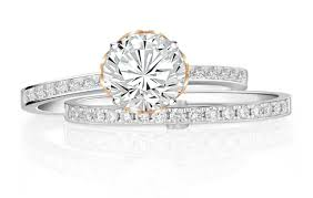 soo kee wedding band you ll this lovely engagement ring set from soo kee jewellery
