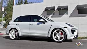 Porsche Cayenne White - caractere exclusive cayenne turbo