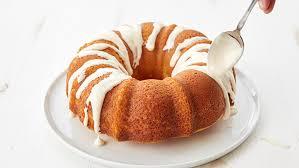 currently craving strawberry shortcake poke bundt cake