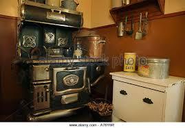 old fashioned kitchen old fashioned kitchen a76y6r jpg 640 446 kitchen pinterest